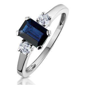 Three stone 2.50 ct ceylon sapphire with diamonds
